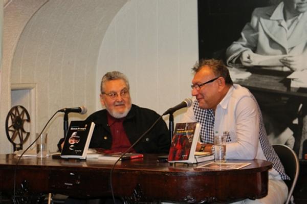 Libreros.cl Cconversaciones sobre novela negra - Bartolomé Leal - Néstor Ponce